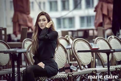 Kwikku, Satusatunya artis wanita yang berhasil menduduki posisi  besar dengan karyanya yang banyak terjual di Cina sepanjang sejarah adalah Jessica Jung Mantan member SNSD ini berhasil menjual sebanyak  ribu dari  albumnya