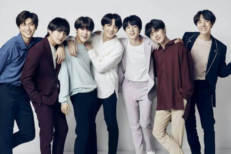 Kwikku, Berbanggalah fans BTS Pasalnya grup idol yang mulai mendunia ini menempati posisi ke dengan album mereka yang meledak di Cina Penjualan karya mereka tersebut menembus angka  juta loh