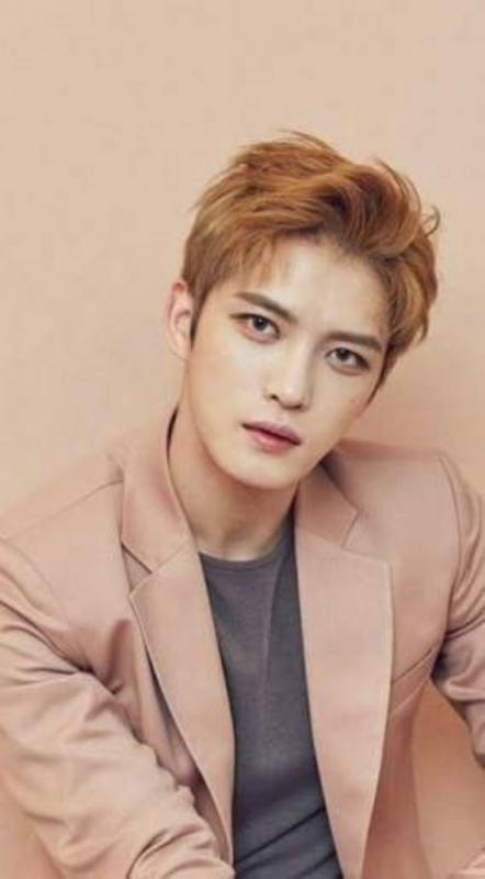 Kwikku, Ketampanan Jaejong JYJ membuat banyak orang klepekklepek Wajahnya yang unik membuatnya terlihat sangat ganteng banyak netizen yang kompak menyebut Jaeong adalah idol Korea ayng mirip dengan bule