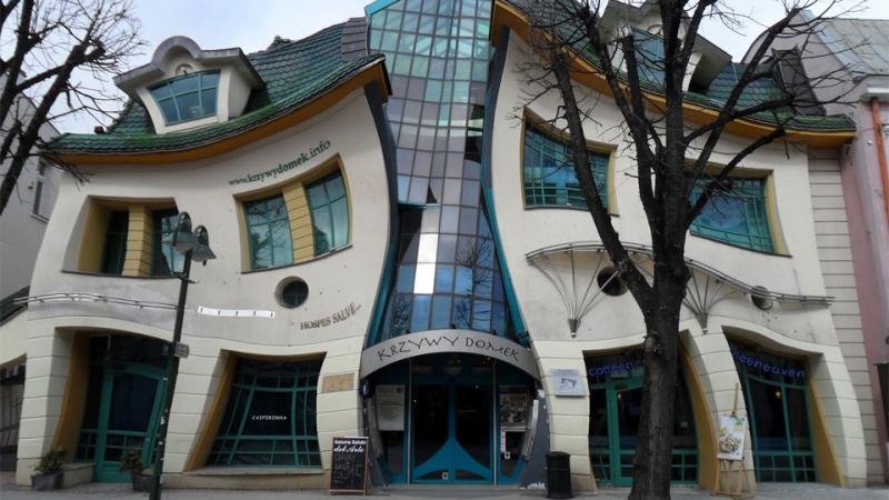 Kwikku, The Crooked House Polandia