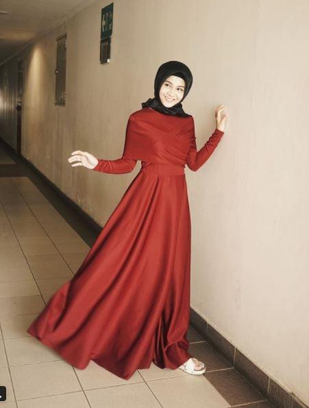Kwikku, Anggun dan Cantik dengan Hijab
