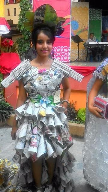 Kwikku, ShortLong Dress dari Koran