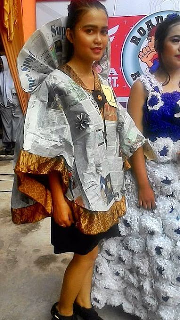 Kwikku, Modifikasi Batik dan Koran Jadi Lebih Ethnic