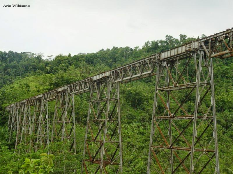 Kwikku, Cikacepit Jembatan Kereta Api Terpanjang