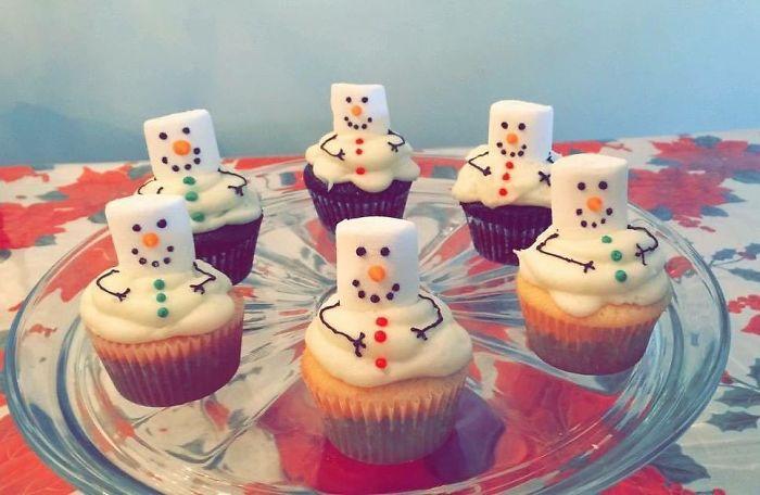Kwikku, Marshmello cupcakes dan cream berbentuk boneka salju jadikan suasana kumpul seolah ditemani saljusalju yang dingin