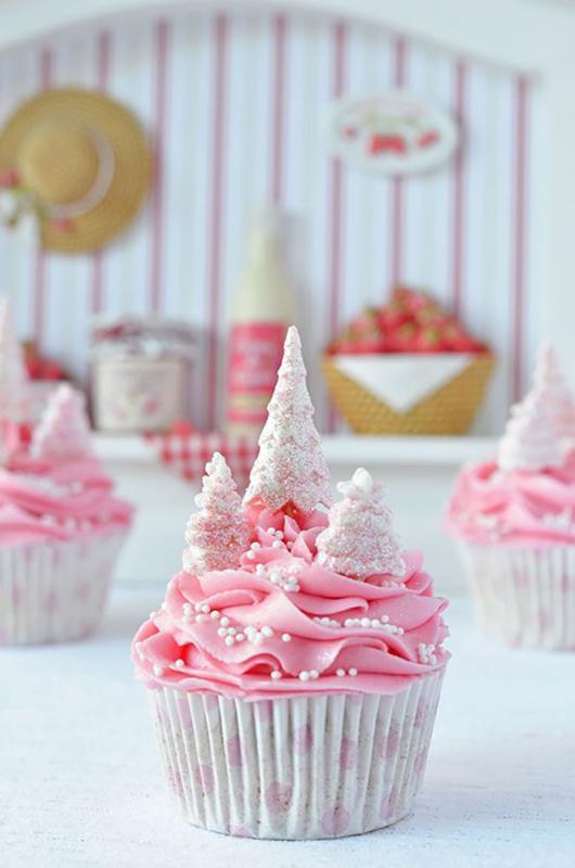 Kwikku, Pink cream cupcakes feminin sekali