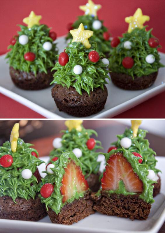 Kwikku, Christmas and strawberry cupcakes siap dihidangkan saat malam Natal