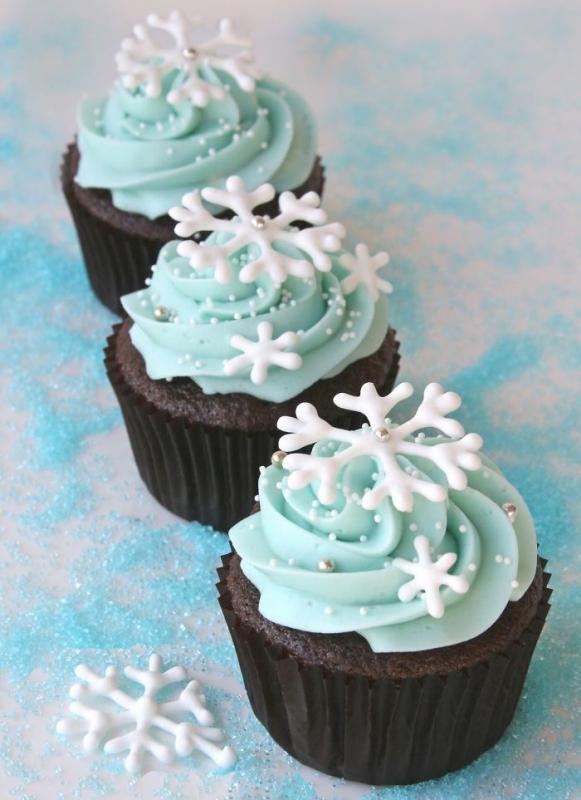 Kwikku, Snowflakes cupcakes warna birunya yang cantik buat berkumpul bersama keluarga semakin hangat