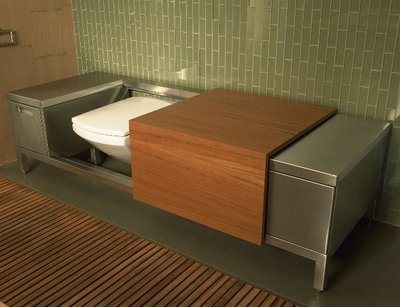 Kwikku, Bench Toilet