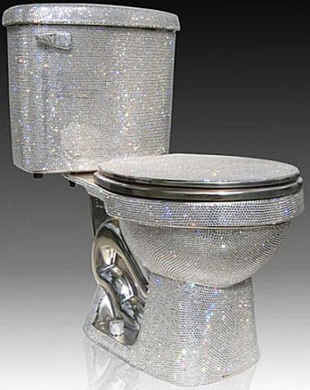 Kwikku, Toilet Swarovski