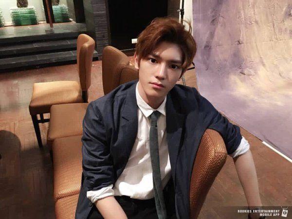 Kwikku, Dilan itu romantis tapi juga punya tatapan tajam kayak Taeyong dari NCT gini