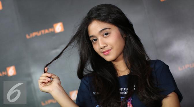 Kwikku, Pada tahun  ia membintangi sebuah film berjudul The Fabulous Udin bersama Arbani Yasiz