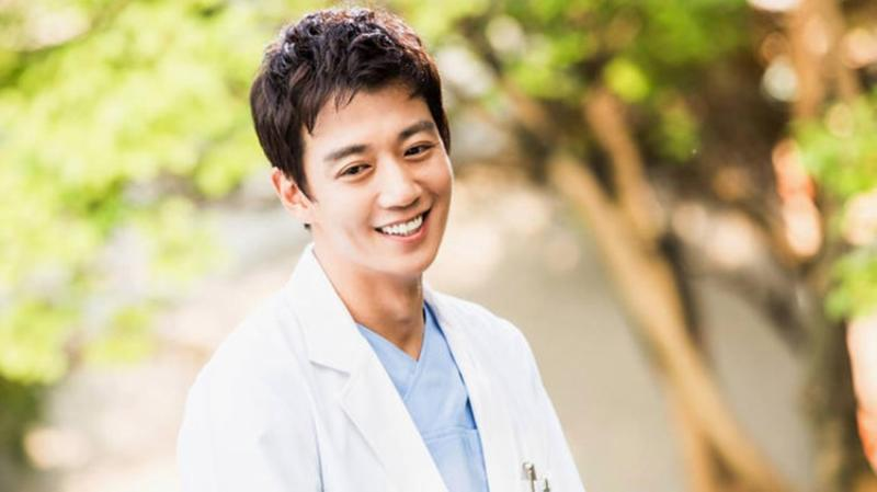 Kwikku, Kim Rae Won  Doctor