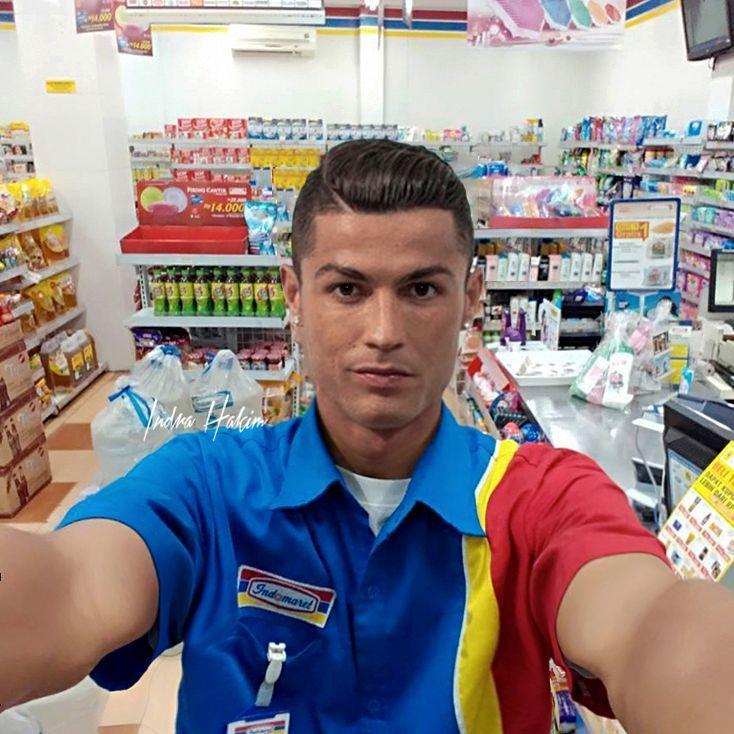Kwikku, Kalau kamu pergi ke Indormart disana ada Christiano Ronaldo ngucapin Selamat Datang di Indormart