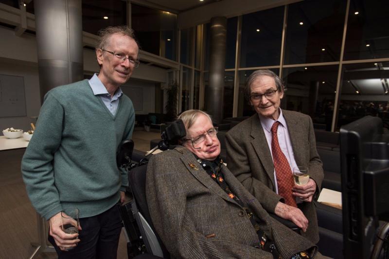 Kwikku, Mengerjakan penelitian singularitas bersama Roger Penrose