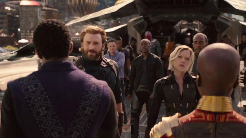 Kwikku, Di trailer kali ini terlihat James Rhodey dalam rombongan Captain America Udah baikan