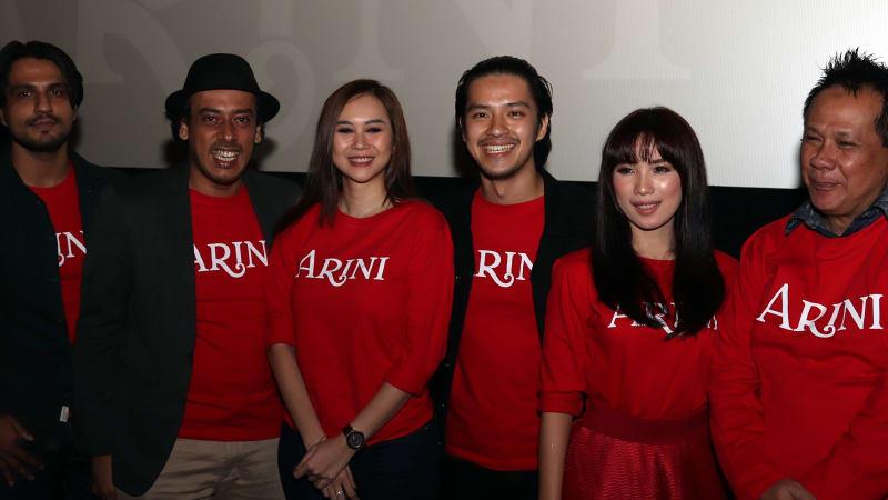 Kwikku, Sang sutradara Ismail Basbeth melarangnya untuk nonton film Arini terdahulu karena punya maksut tertentu