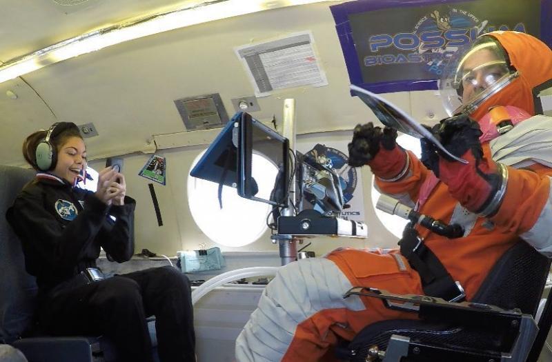Kwikku, Cewek cantik ini sudah mencoba berbagai teknologi terkini NASA sebagai bagian dari latihannya