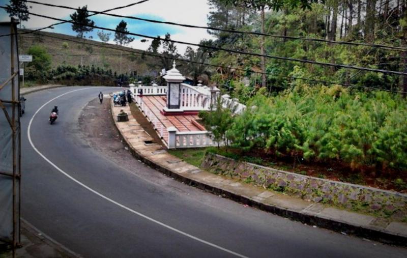 Kwikku, Tanjakan Emen Jawa Barat