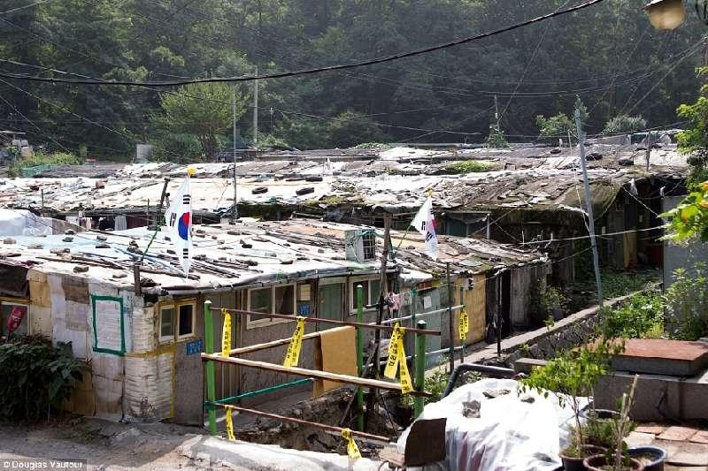 Kwikku, Lokasinya seperti berada di sebuah desa yang jauh dari keramaian Tapi buktinya ini ada di Seoul