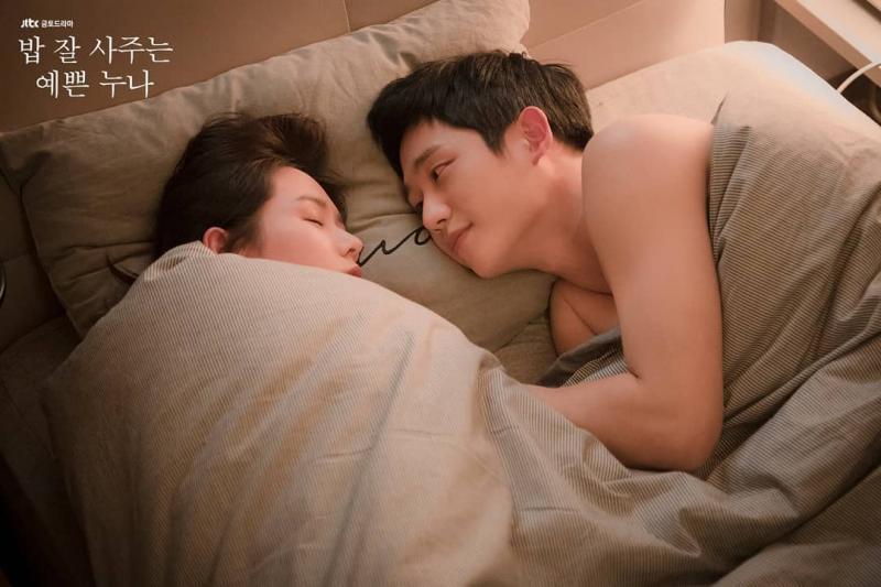Kwikku, Sebelum wajahnya muncul di drama Something in The Rain dan While You Were Sleeping ia sudah banyak membintangi judul drama