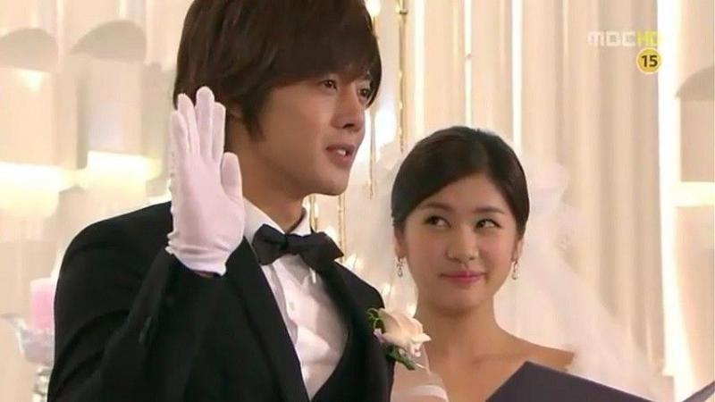Kwikku, Kim Hyun Joong amp Jung So Min  Playfull Kiss