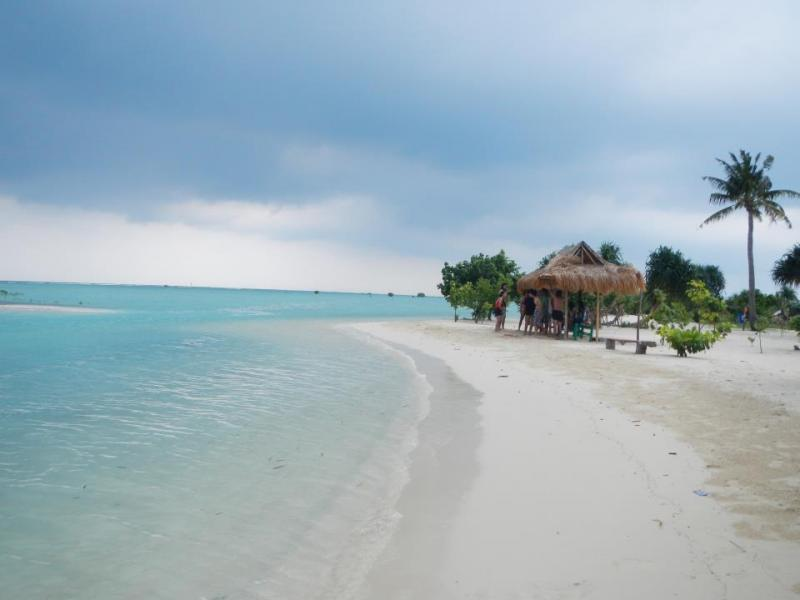 Kwikku, Pantai Pasir  Pulau Pari