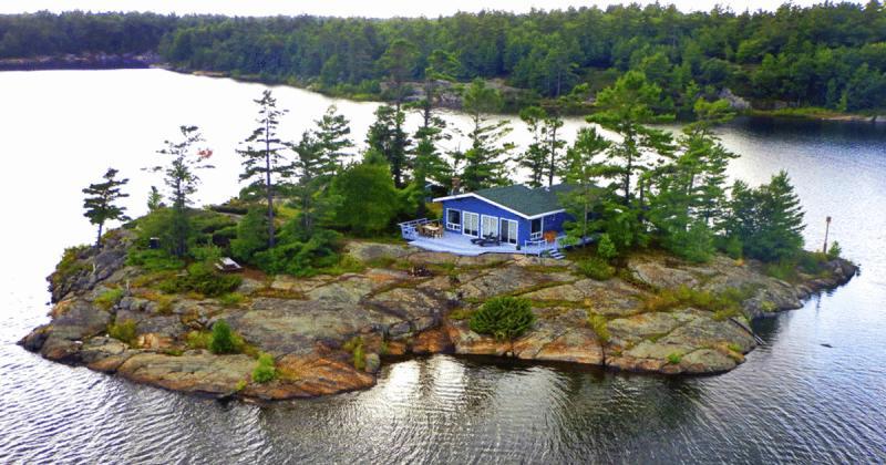 Kwikku, Magical Private Island Kingston On  Ontario