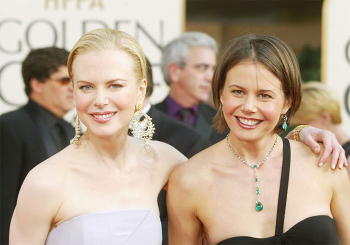 Kwikku, Nicole Kidman dan saudara perempuannya Antonia