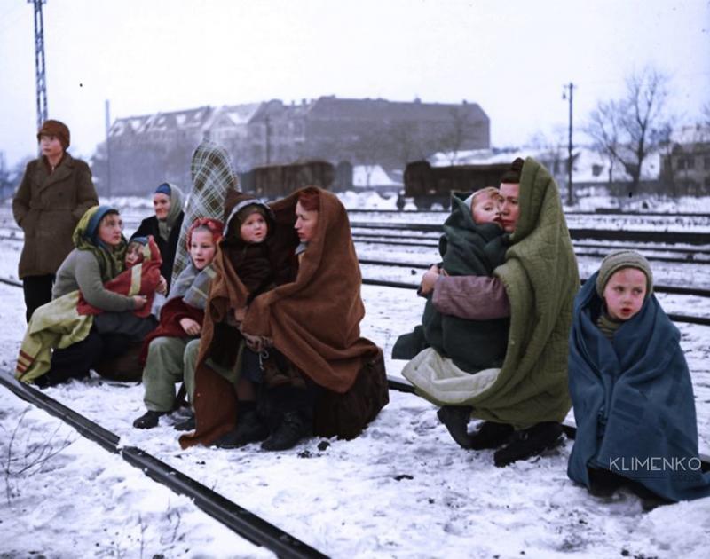 Kwikku,  orang yang berhasil selamat dan kembali ke Berlin pada Desember  Mereka terdiri dari anakanak dan perempuan