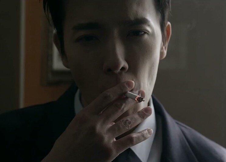 Kwikku, Sama seperti Kangin Donghae Super Junior juga ditemukan merokok dalam beberapa kesempatan