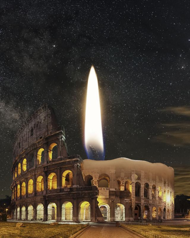 Kwikku, Candle of Rome lilin di atas Coloseum Roma