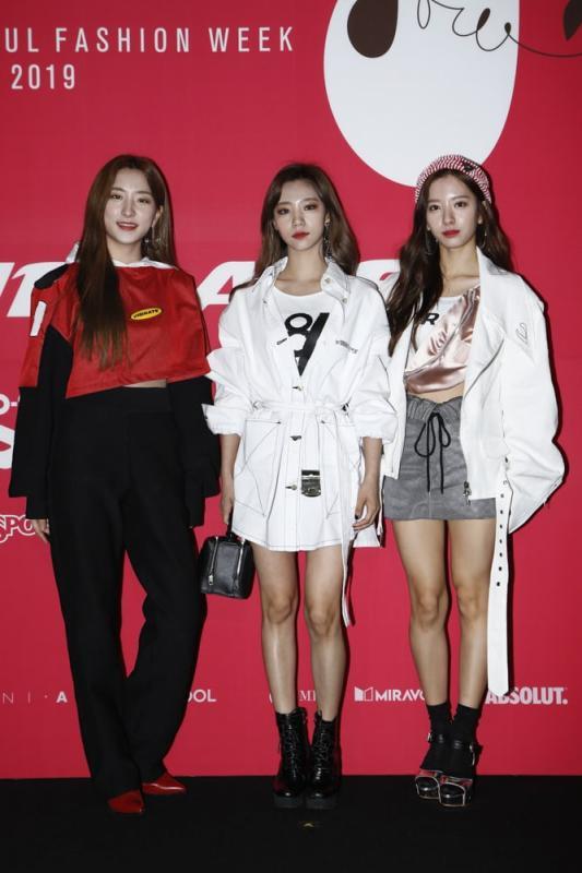 Kwikku, Eunseo Yeorum dan Bona WJSN