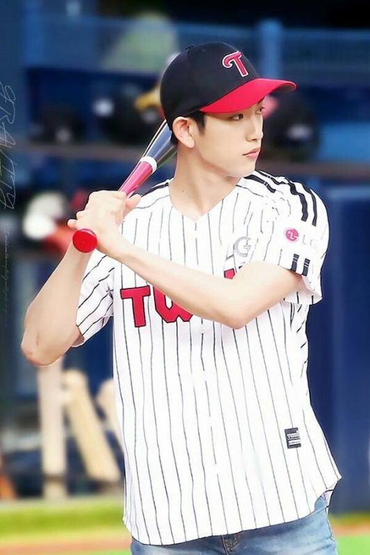 Kwikku, Jinyoung GOT