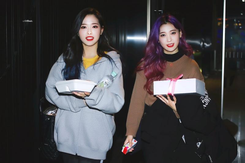 Kwikku, Choerry dan Olivia Hye LOONA