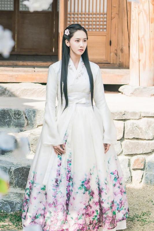 Kwikku, YoonA Girls Generation  The King Loves