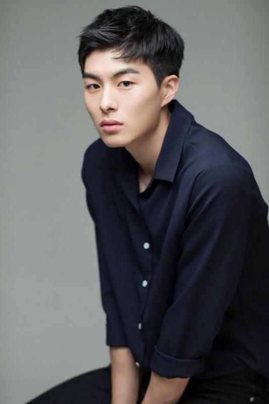 Kwikku, Jung Gun Joo