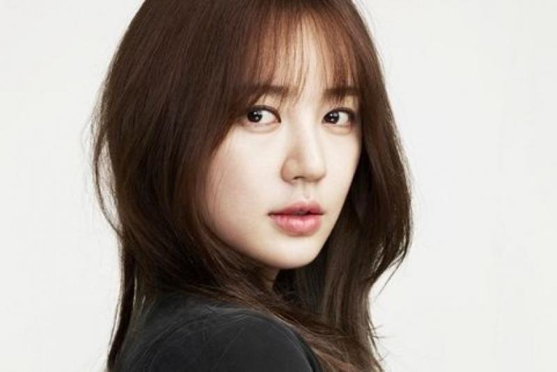 Kwikku, Yoon Eun Hye  Oktober