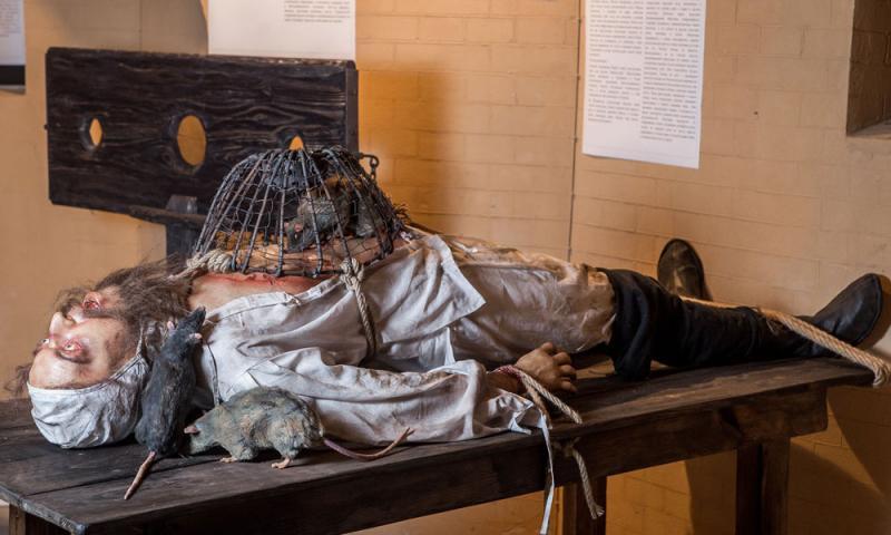 Kwikku, Museum Medieval Torture San Gimignano Italia