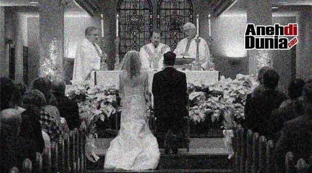 Kwikku, Matthew Wall yang Setelah Bangun Dari Kematian Melanjutkan Menikah