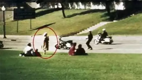 Kwikku, Saksi Kematian John F Kennedy