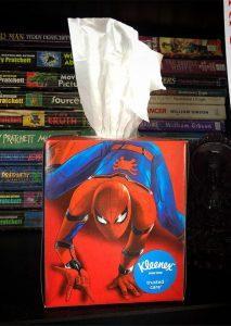 Kwikku, Spiderman terlihat seperti menyemburkan sesuatu dari bokongnya tuh haha