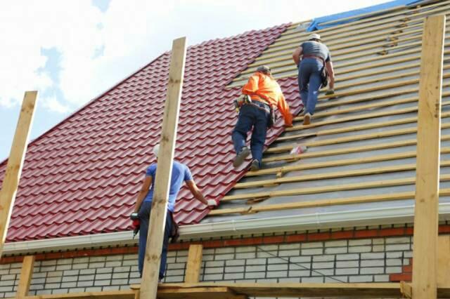 Kwikku, Pekerja Renovasi Atap