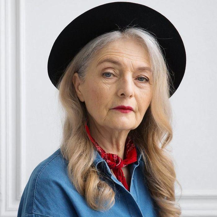 Kwikku, Olga Kondrasheva Sangat cantik dan elegan Terkesan cool meski pada usia yang telah menginjak  tahun Nenek kamu bisa seperti ini