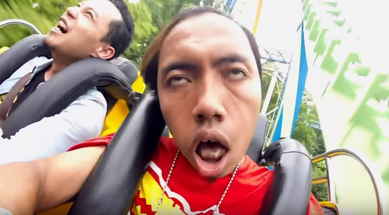 Kwikku, Kasian banget loe lur makanya kalo ngevlog jangan yang ekstrim kayak gini kalo gak mampu Roller Coaster terlalu berat untukmu gan