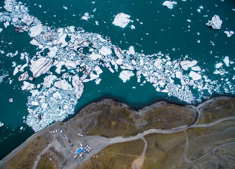 Kwikku, Es yang mulai nampak memecah mungkin ini adalah dampak dari pemanasan glabal ya guys