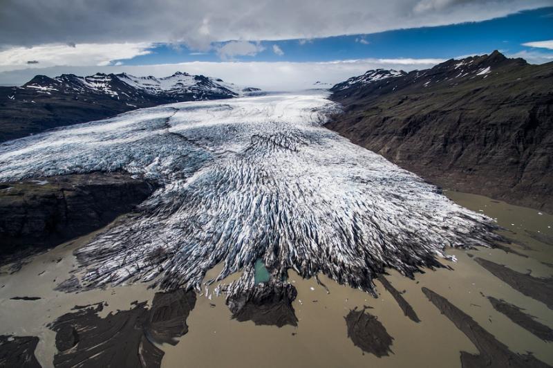 Kwikku, Es yang merambat dan membentuk garisgaris yang menggelorakan imajinasi