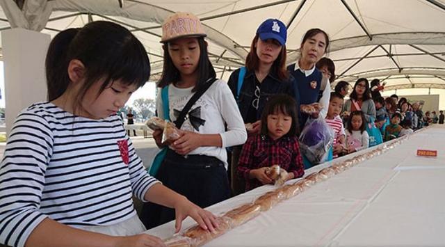 Kwikku, Hot Dog terpanjang di dunia Rekor penyajian Hot Dog terpanjang dengan ukuran  meter
