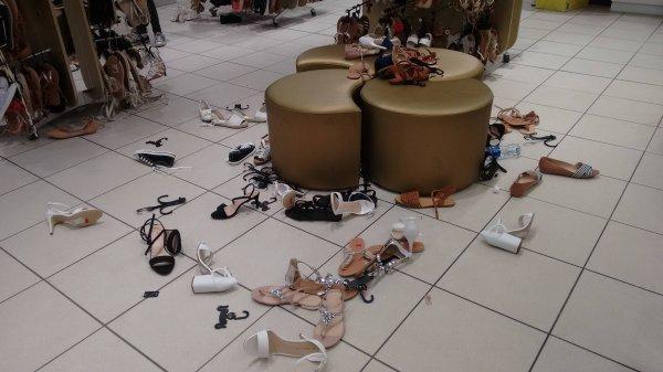 Kwikku, Ni orang kampungan banget abis milihin sepatu malah main lempar dan bikin berantakan toko