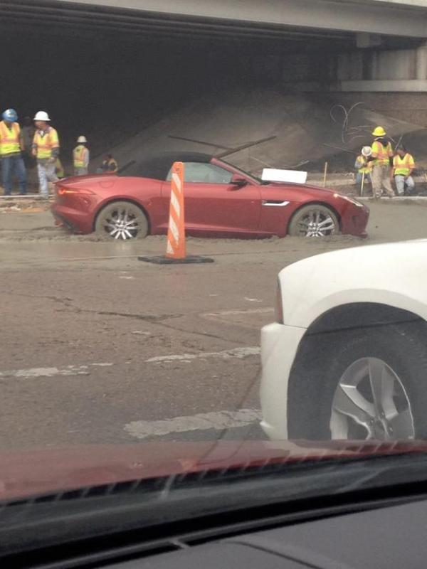 Kwikku, Mentangmentang mobil mahal cobacoba melaju di beton basah akhirnya tenggelam deh